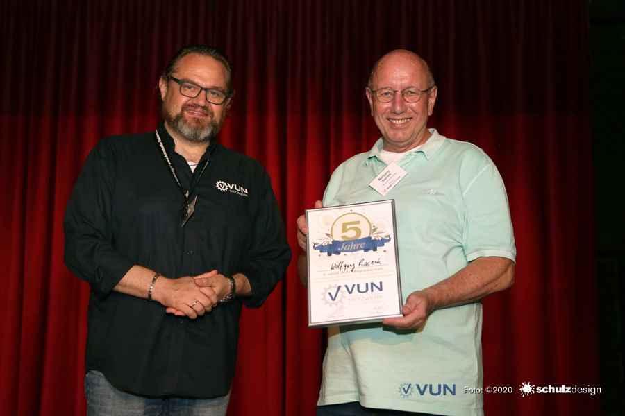 Das VUN-Netzwerk ehrt Wolfgang Raczek für 5-Jahre Mitgliedschaft im Netzwerk
